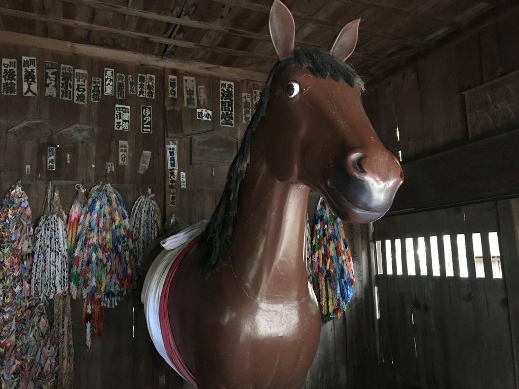 長野県安曇野市穂高神社の馬の象