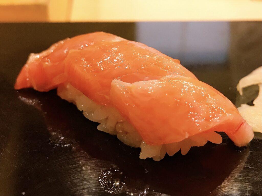 長野県松本市の寿司屋いぬかいの美味しそうな寿司の写真