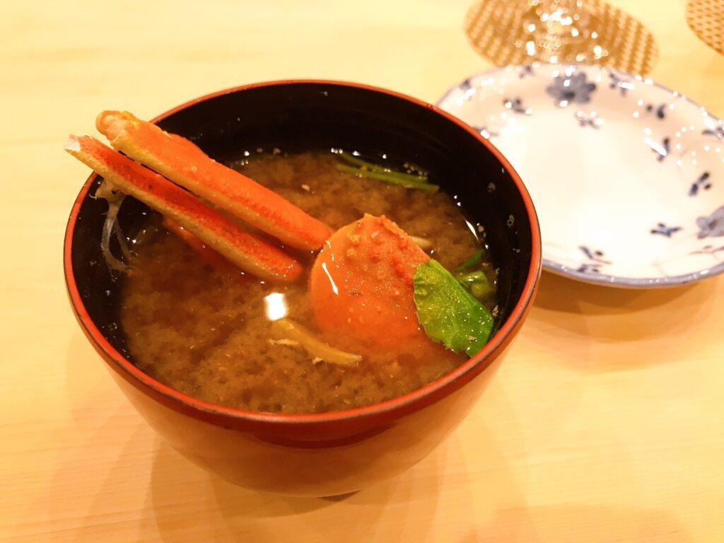 長野県松本市の寿司屋いぬかいの美味しそうな味噌汁の写真