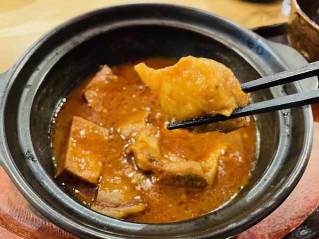 松本の和食屋しきの煮込み定食の写真